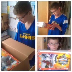 Holiday Gift Guide: Jump in to a New World with Skylanders Giants #holidaygiftguide