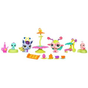 Holiday Gift Guide: New from Littlest Pet Shop&#8230;Fairies! #holidaygiftguide #toys [#Giveaway ends 12/20]